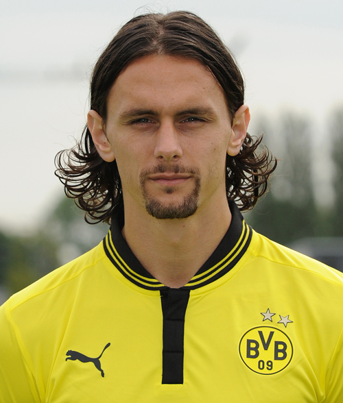 The 28-year old son of father Željko and mother Svjetlana, 191 cm tall Neven Subotić in 2017 photo