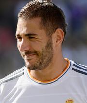 Benzema verlängert bei Real Madrid bis 2021