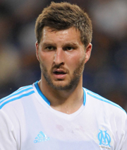 Bar�as St�rmersuche: Gignac ein Kandidat?
