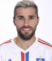 Behrami hat bei Watford unterschrieben