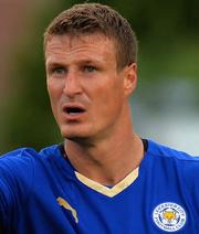 Huth bleibt Leicester erhalten