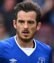 Baines bleibt Everton treu
