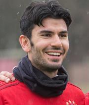 Schalke: Heldt best�tigt Interesse an Tasci
