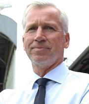 Crystal Palace feuert Pardew - Kommt Allardyce?
