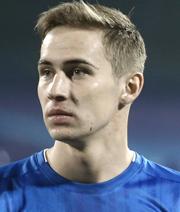 Holt Schalke den nächsten zentralen Mittelfeldspieler?