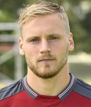 Neuer Club-Kapitän Behrens vor Verlängerung