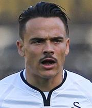 Roque wechselt von Swansea nach Sevilla