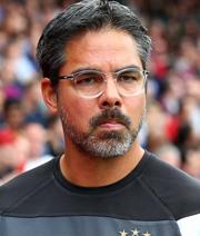 Wagner bleibt Huddersfield treu