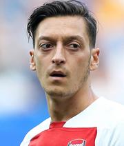 Spekulationen um Özil-Ausleihe im Winter
