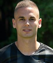 Gacinovic verlängert bei der Eintracht vorzeitig