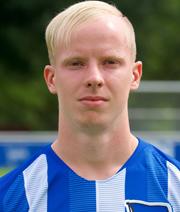 Jastrzembski wird erster 2000er im Hertha-Profikader