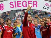 Der HSV hat gegen Augsburg die Nase vorn