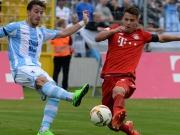 Derby in M�nchen: Rot und Alu, aber keine Tore