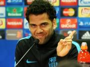Alves schw�rmt -