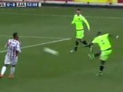 Bazoer h�lt drauf - Dieses Ajax-Talent jagen die Topklubs