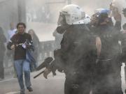 Stadioneinweihung bei Besiktas - Polizei und Fans geraten aneinander