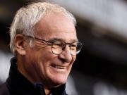 Champagner f�r die Presse - Ranieris besondere Meisterfeier