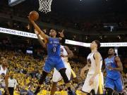 Thunder holen Spiel 1: Westbrook f�hrt Aufholjagd an