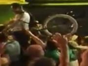 Europameister des Bl�dsinns - Die besten Aktionen der irischen Fans