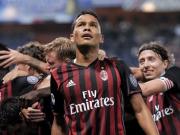 Bacca erlöst Milan spät