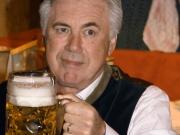Ancelottis Oktoberfest-Premiere - Kein Kater bei Carlo