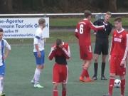 Ampelkarte und Pfostentreffer im U-19-Derby