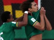 Bolivien siegt in Unterzahl ohne eigenes Tor
