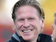 Die Erleichterung - Hamburg feiert den ersten Saisonsieg