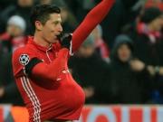 Lewandowski hat bisschen Freistöße trainiert