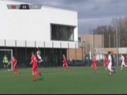 St. Pauli-Youngster erzielt Tor im Stil von Ibrahimovic
