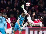 Spektakulärer Fallrückzieher von Ajax-Spieler Sanchez