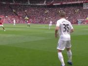 Sigurdssons Treffer hält United hinter City
