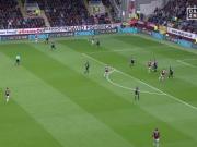 Vokes entledigt Burnley fast aller Abstiegssorgen