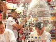 Völlig aus dem Häusle - VfB feiert Aufstieg