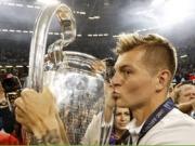 Kroos feiert das Champions-League-Triple