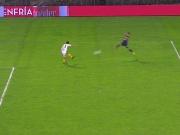 Riesen Torwartpatzer, Pavons Kracher bei Boca-Sieg