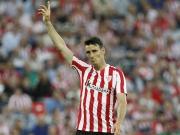 Aduriz vergibt vom Punkt, Valbuena aus der Distanz