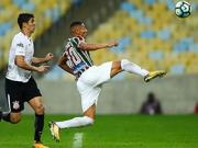 Balbuena wuchtig per Kopf - Corinthians bleibt Spitzenreiter