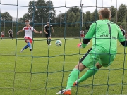 Per Elfmeter - Knöll sichert ersten HSV-Heimsieg