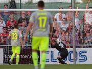 Kurioser Ausgleichstreffer - Steinbach ärgert 1. FC Köln