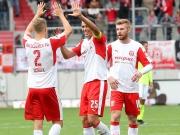 Halle überrascht gegen Wiesbaden