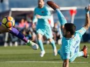 Dankbares Barça: Suarez bekommt zweimal Hilfe