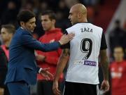 Zaza fliegt, Elfer verweigert, Valencias Derby zum Vergessen