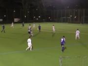 Volley aus 30 Metern - Traumtor von Ex-U-Nationalspieler