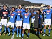 Mertens volley! Napoli siegt in Bergamo