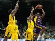 EWE Baskets retten Sieg über die Zeit