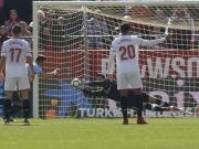 Sergio Rico nicht zu überwinden - nicht mal per Elfmeter