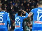 Breite Brust: Napoli fertigt Cagliari mit Traumtoren ab