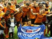 Feuerwerk zum Aufstieg: Wolverhampton ist jetzt auch Meister