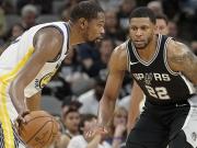 Warriors verpassen Sweep - Spurs mit famoser Dreierquote
